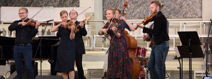 Suomi-Venäjä-Seura on suomalais-venäläisen kulttuurifoorumitoiminnan pääjärjestäjä ja yhteistyökumppanihaun organisoija Suomessa.