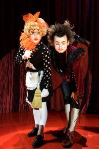 Suomi-Venäjä-Seuran Five Stars Circus -kiertueella esiintyvät klovnit Kasyan Ryvkin ja Elena Sadkova.