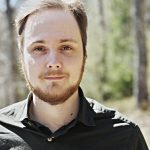 Kääntäjä, kirjailija Pauli Tapio. Kuva: Timo Raunio