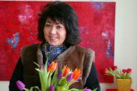 Kuvataiteilija, kielten ja taiteen opettaja, Suomi-Venäjä-Seurassa aktiivisesti toiminut Natalia Kaleva